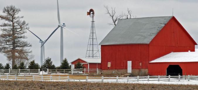 energy-renewable-wind-turbines-barn-illinois